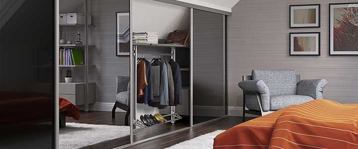Munro-Floors-Spacepro-Sliding-Wardrobe-Doors-Heritage-Loft
