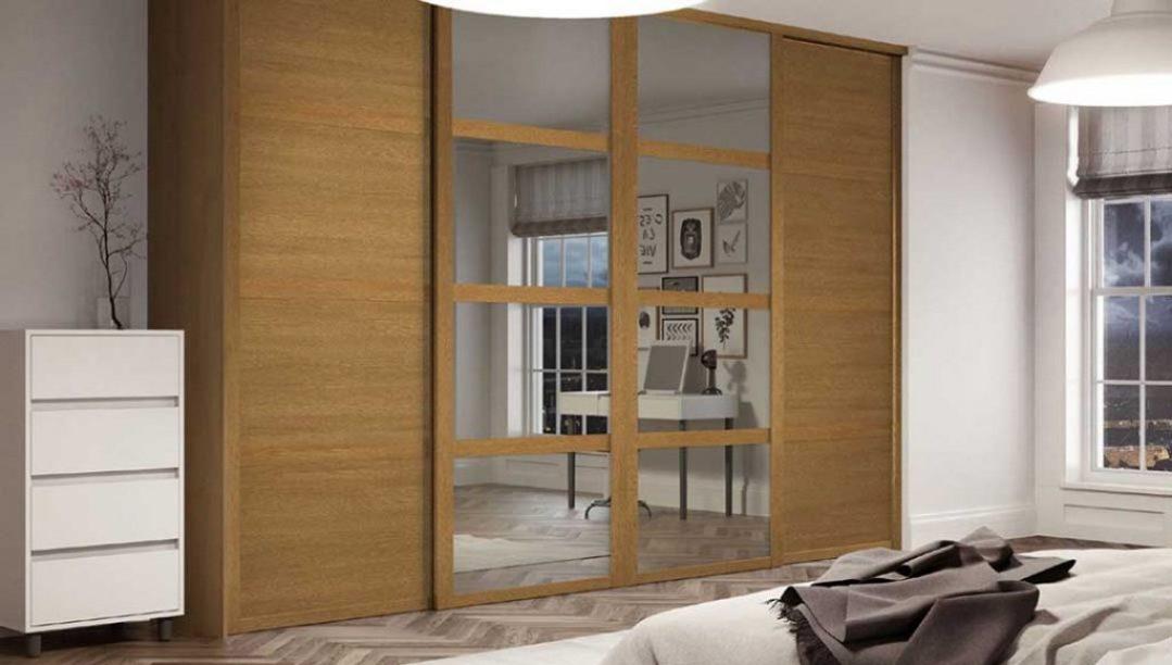 Munro-Floors-Spacepro-Sliding-Wardrobe-Doors-Shaker-Oak-2